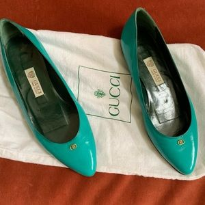 GUCCI flats.  Teal, gorgeous condition. US size 7.